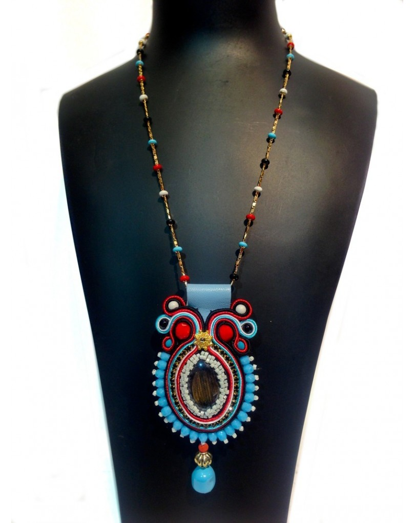 948672fe4400 Colgante de Bisuteria Soutache, Cadena Cuentas Color Embroidery | Colgantes  Flamenca