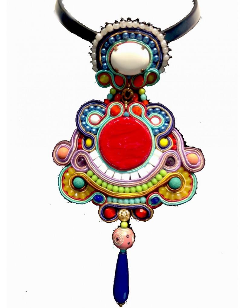 63c00249ab5b Colgante de Bisuteria Soutache,multicolor Grande Embroidery | Colgantes  Flamenca