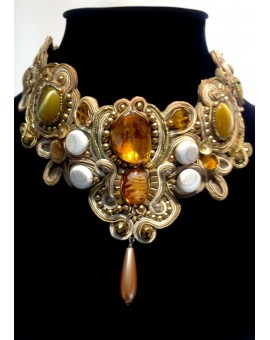 COLLAR SOUTACHE BEIGE GRANDE EMBROIDERY