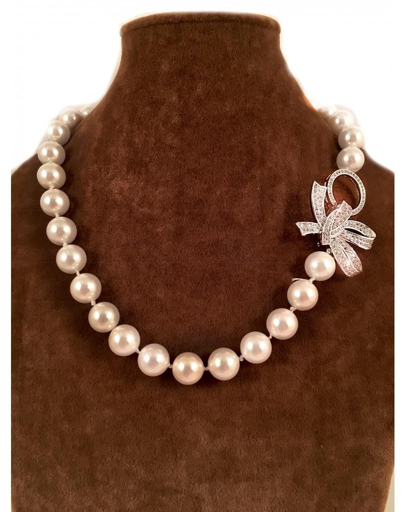 ecf107f42d27 Collares Perlas de Alta Bisuteria con Un Lazo de Circonitas