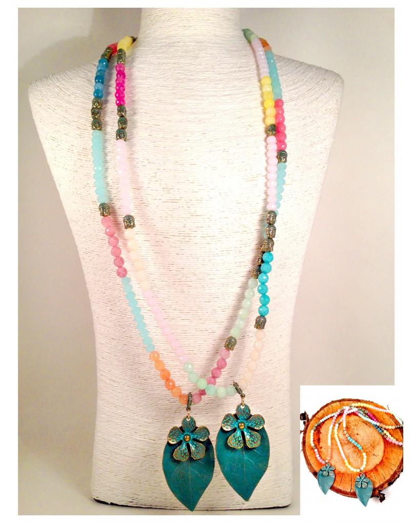 d651ed96cb9d Collar India con Bolas de Madera y Piedras Naturales y Hoja de Bronce Largo  70cm