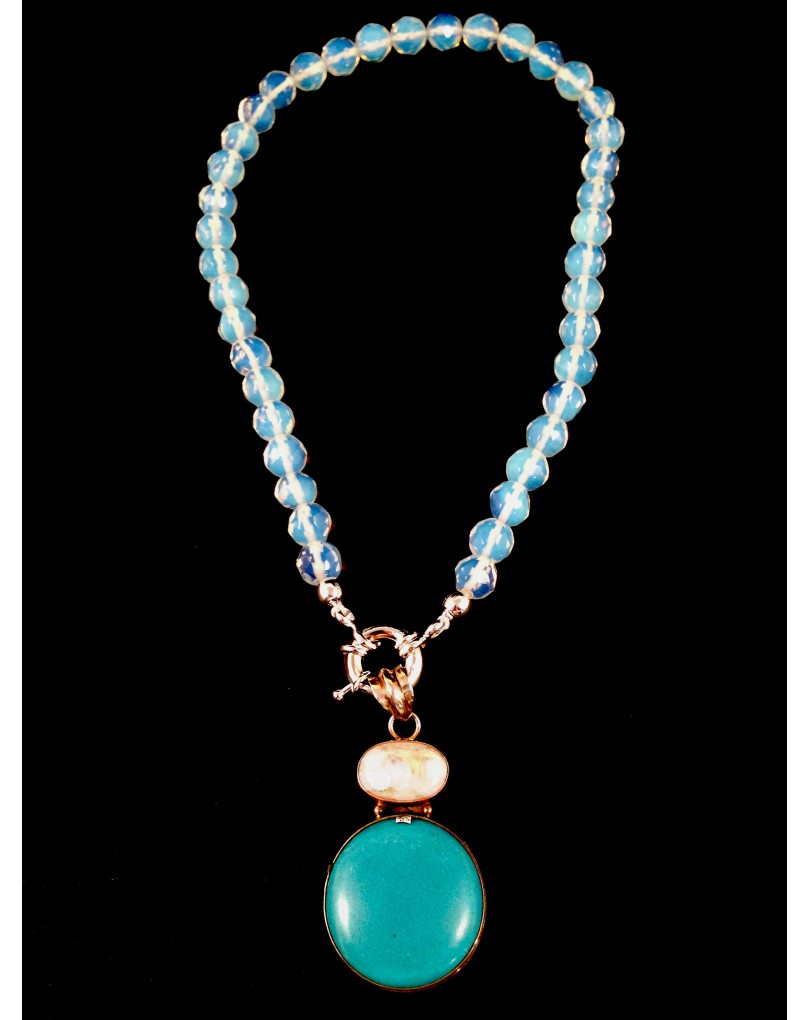 aead2573400c Collar Cristal Checo con Colgante de Plata Turquesa y Piedra de Luna ...