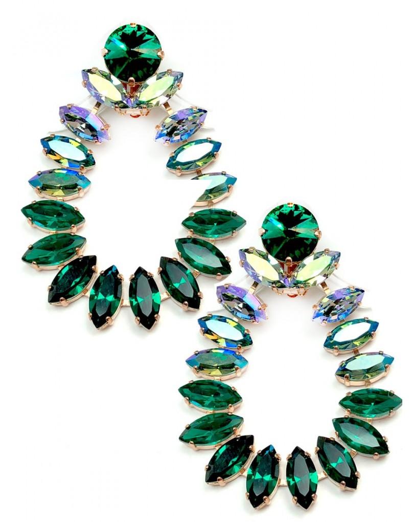 06eb32174f18 Pendientes Grandes Cristal Swarosvki Verde Tornasol Unos Pendientes de  Alfombra Roja